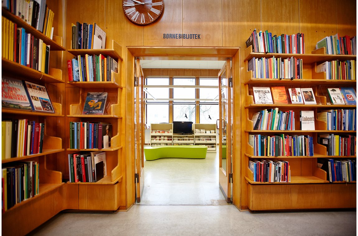 Nyborg public library, Denmark - Public libraries