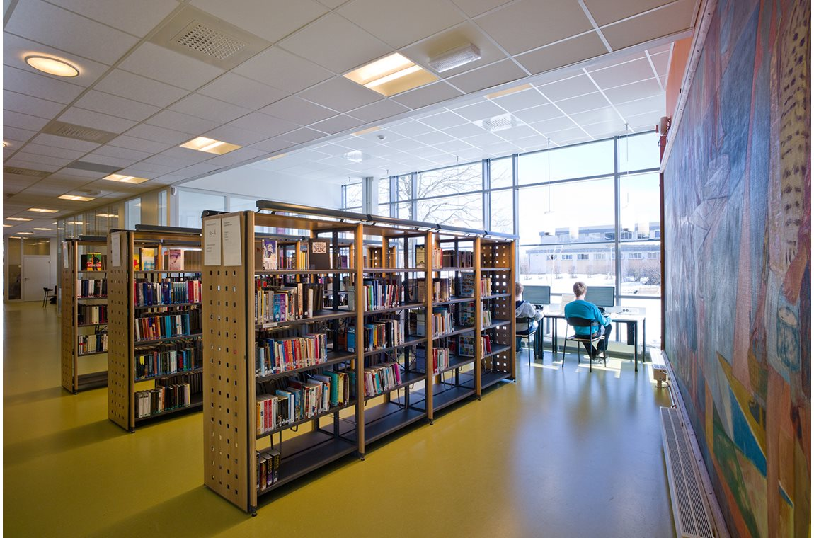 Sandefjord VGS Library, Norway - Public libraries